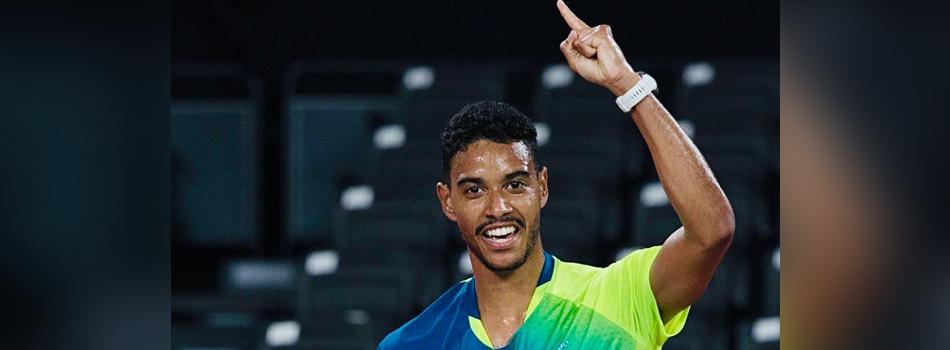 Ygor Coelho faz história e vence primeira partida do badminton brasileiro em Jogos Olímpicos