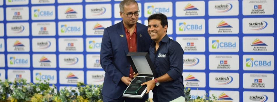 Brasileiros são homenageados pela BPAC durante encerramento de torneio em Salvador