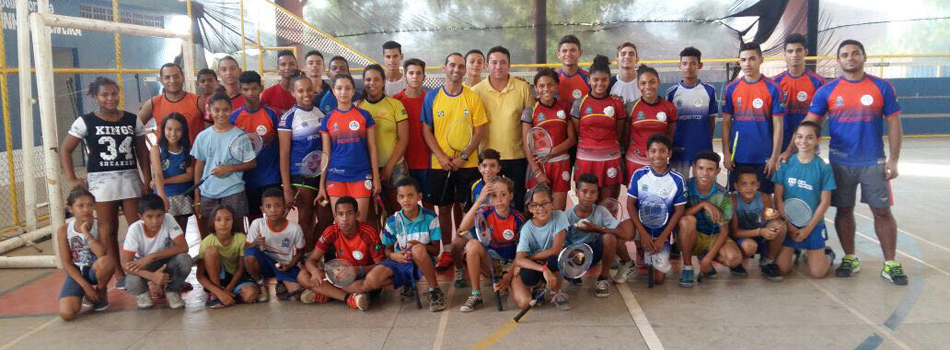 Em Timon, t�cnico da sele��o realiza com sucesso cl�nica de badminton.