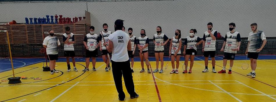 CBBd realiza clínica de atleta em Caxias do Sul com técnica da Seleção Juvenil