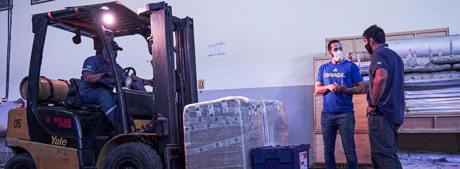 Em operação logística mais complexa de sua história, COB envia 20 contêineres para Tóquio
