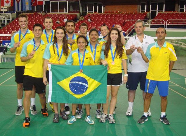 Brasil continua como terceira força do badminton por equipe no continente. (Fonte: CBBd)